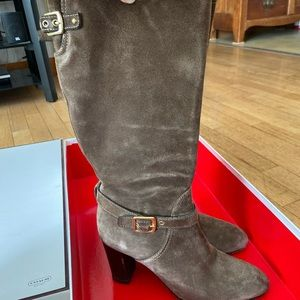Coach boots size 8.5